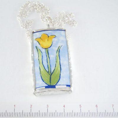 handmade jewellery broken plate pendant